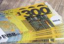 Täter flogen im Ratio mit Falschgeld auf und flüchteten; Zeugen gesucht