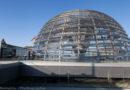 Bundestagspräsident Wolfgang Schäuble hält CDU-Kanzlerkandidatur für offen