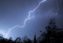 Hitze bleibt: Heftige Unwetter erwartet