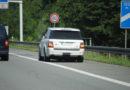 Warnblinker auf Autobahnen ernst nehmen