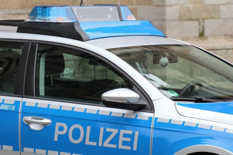 Geisterfahrer auf B1 – Polizei stellt Führerscheine von Senioren sicher