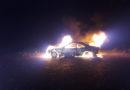 Verlassener Pkw brennt in der Feldgemarkung