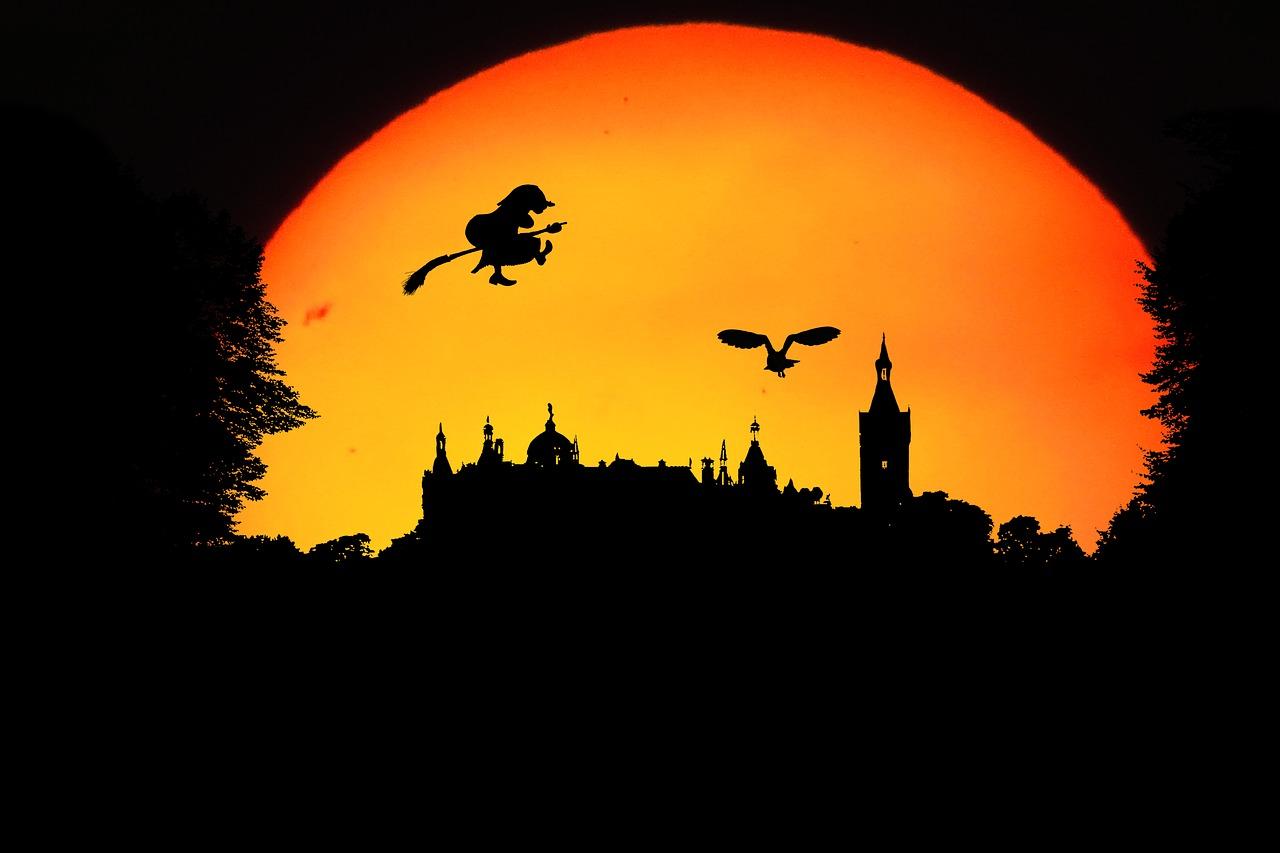 Stadt- und Landkreis Kassel: Rund ein Dutzend Halloween-Einsätze
