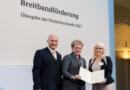 Bundesminister fördert superschnelles Internet mit weiteren 375 Mio. Euro