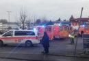 Gasgeruch in Mehrfamilienhaus – 8 Verletzte -70 Beamte im Einsatz !