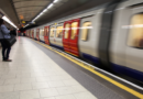 Haftung für kurzfristiges Einklemmen in U-Bahn-Türen?