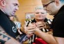 Deutsche Meisterschaft im Armwrestling gestartet