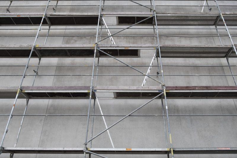 Diebe stehlen Baugerüst: 30 Meter lang, sechs Meter hoch