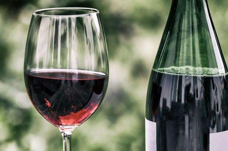 Waldeck- Einbrecher erbeuten Rotwein