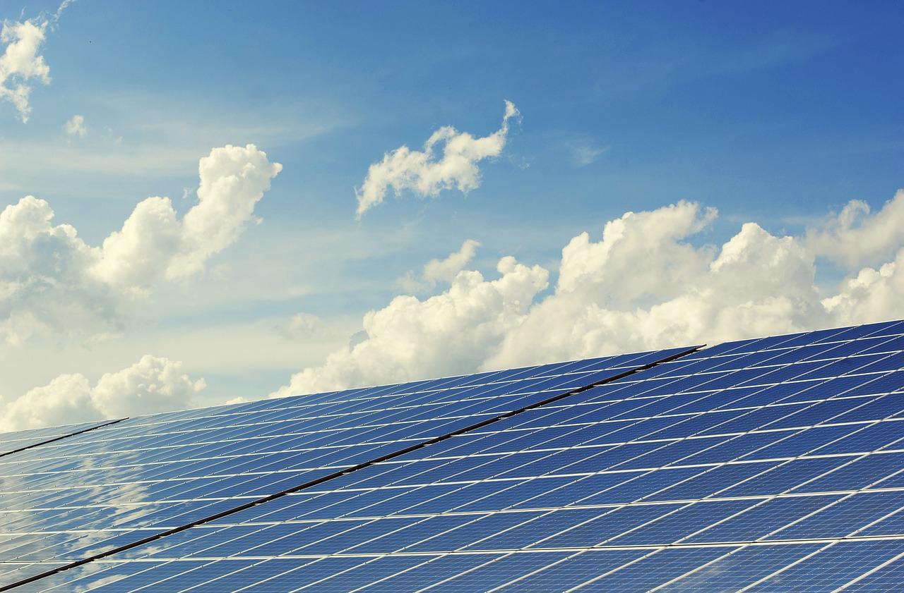 Solartechnik-Firma SMA steigert Umsatz und Gewinn