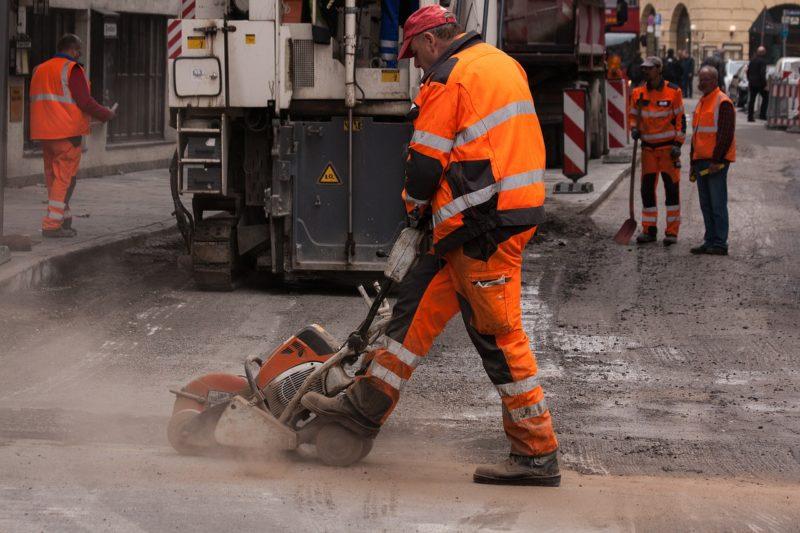Viererbündnis plädiert für Abschaffung der Straßenausbaubeiträge