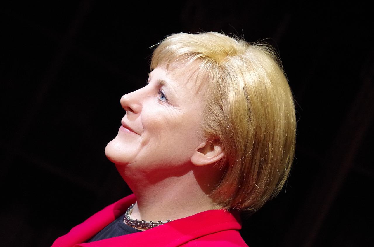 Bundeskanzlerin Merkel telefoniert mit dem russischen Präsidenten Wladimir Putin