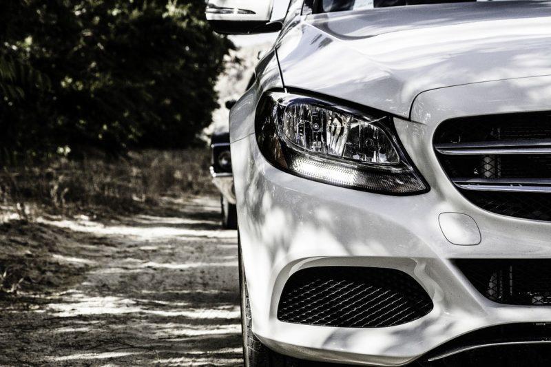 Daimler und Bosch präsentieren erstmalig fahrerloses Parken in China