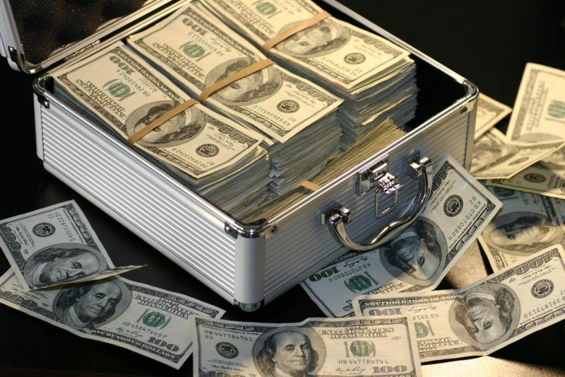 Mindestens 55 Milliarden Euro Schaden in Europa durch unberechtigte Steuererstattungen – Bundesregierung warnte Partner erst 2015 vor Cum-Ex