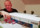 Jörn Althans baut das neue Feuerwehrhaus der Feuerwehr Gudensberg im Modell 1:87 nach