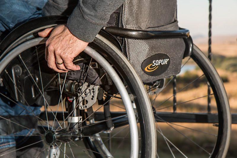 Jede zehnte Person in Hessen mit Schwerbehindertenausweis