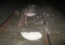 Betonteile stoppen Züge – Hindernisse auf den Gleisen