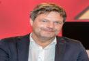 Grünen-Chef Habeck für Ampelkoalition in Hessen offen
