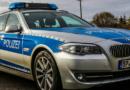 Berauschter Fahrer schläft nach Unfallflucht in Tiefgaragenausfahrt in seinem Auto