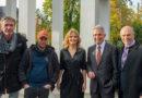 Oberbürgermeister Peter Feldmann besucht Set von 'The Bank Hacker'