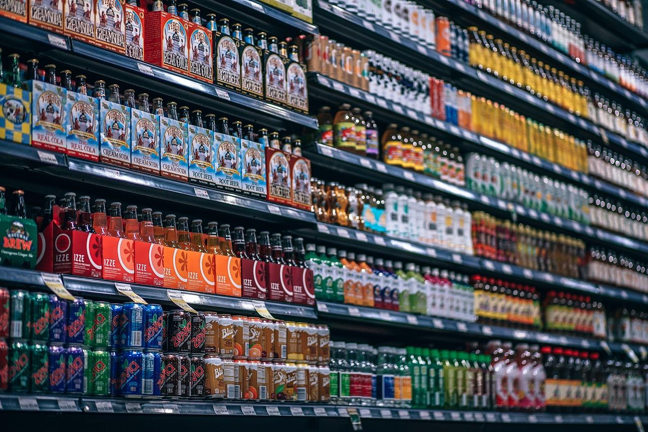 Nach Kritik: Nestlé, Unilever und Co. stoppen irreführende Industrie-Ampel – foodwatch fordert Einführung französischer Ampelkennzeichnung Nutri-Score