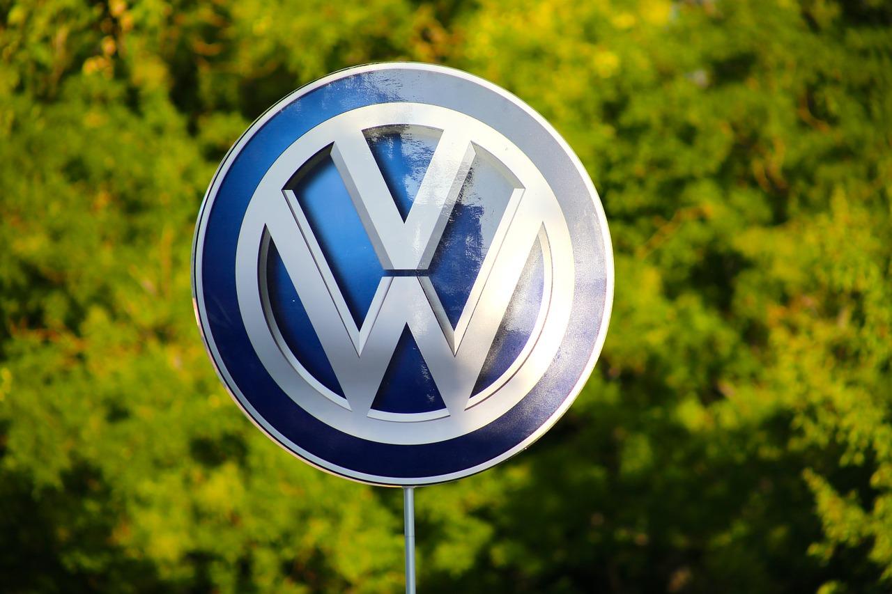 Volkswagen Verpackungshalle in Fritzlar, Anfahrt über A49