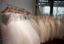 40 Brautkleider und 20 Herrenanzüge bei Einbruch gestohlen: Kripo bittet um Hinweise auf Täter und mögliches Fahrzeug