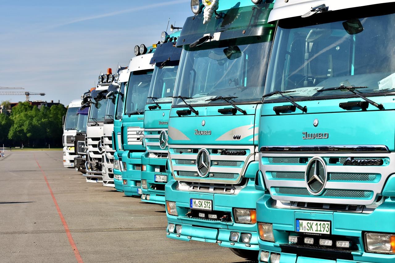 Hessenweite Kontrollen: Polizei untersagt sieben alkoholisierten Truckern in Nordhessen den Fahrtantritt