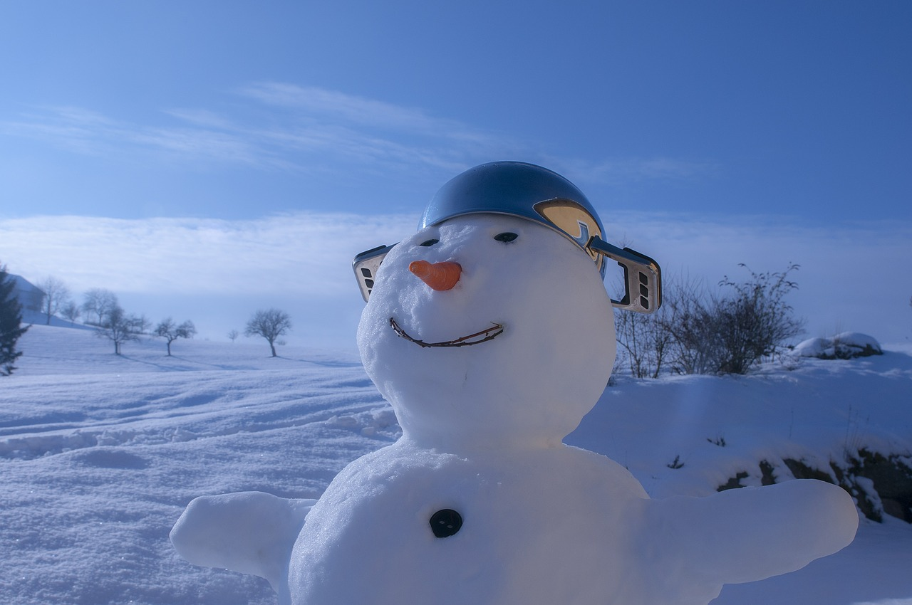 Tipps für die Arbeit im Winter – Gefahr durch Kälte, Nässe und glatte Flächen