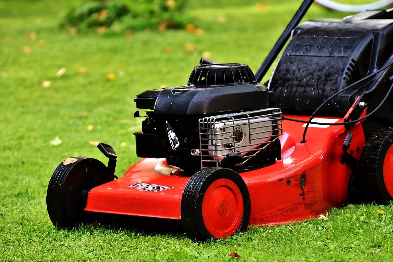 Giftige Abgase aus Gartengeräten: Behörden schauen weiter weg