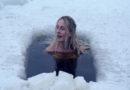 Heftig: Diese Vloggerin geht mit Eisbädern an ihre Grenzen!