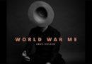 Auf die Ohren: Greg Holden World War Me
