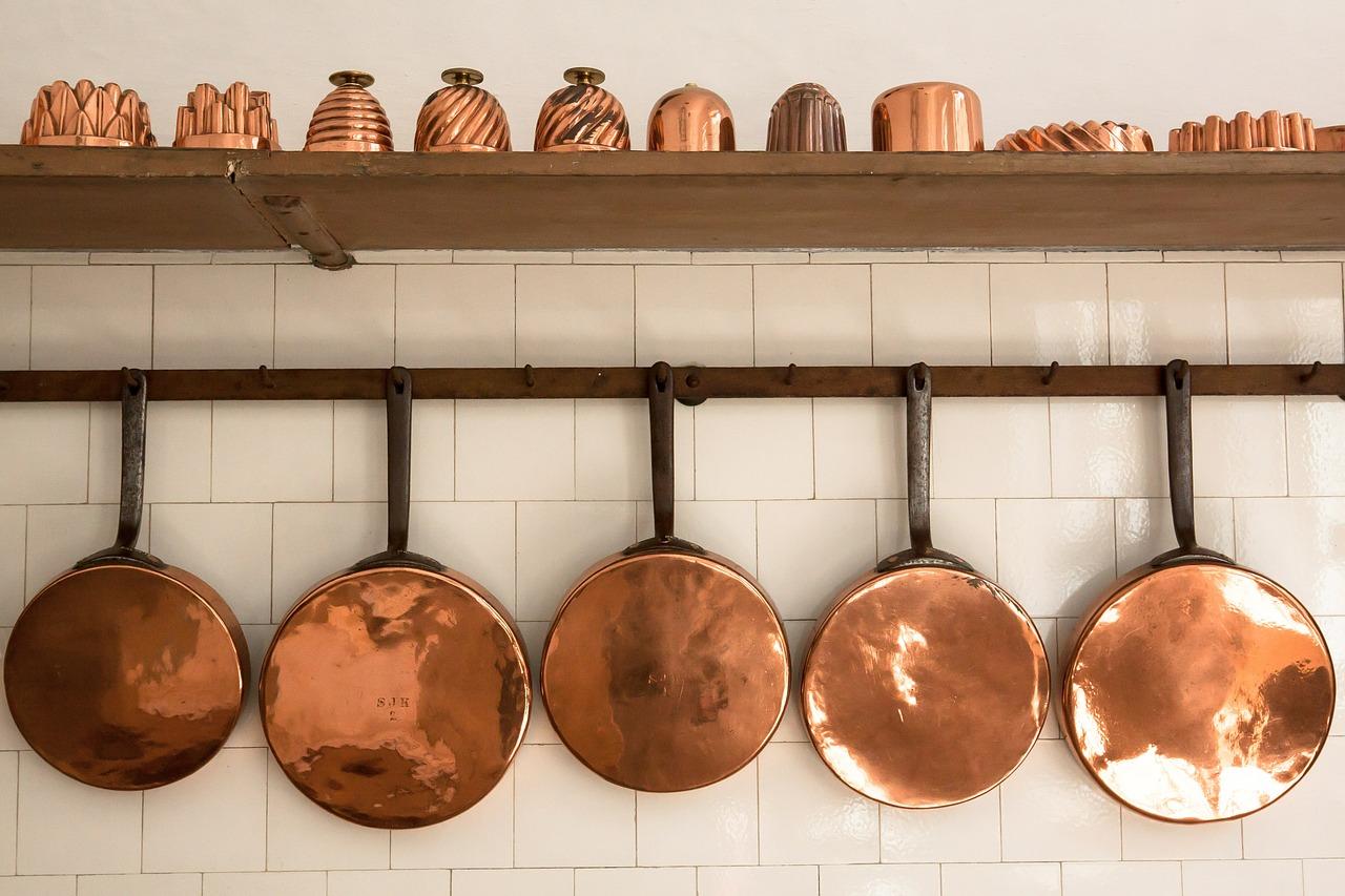 Jeder kann kochen man braucht das passende Werkzeug: Töpfe und Pfannen