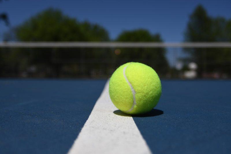 Wie populär ist Tennis in Deutschland im Vergleich zu anderen Sportarten?