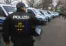 """Demos, Fußball und Randale: """"ZDF.reportage"""" begleitet Bereitschaftspolizei"""