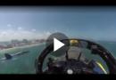 Beeindruckend: Piloten der U.S Navy Blue Angels zeigen wie feinfühlig sie ihre Kampfjets beherrschen