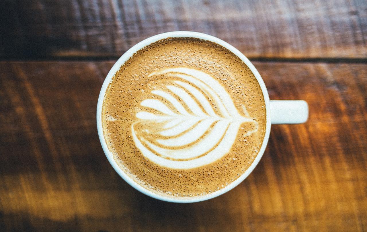 Schlauwerden beim Espresso schlürfen