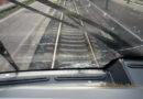 Scheibe gesplittert – Regionalbahn mit Steinen beworfen