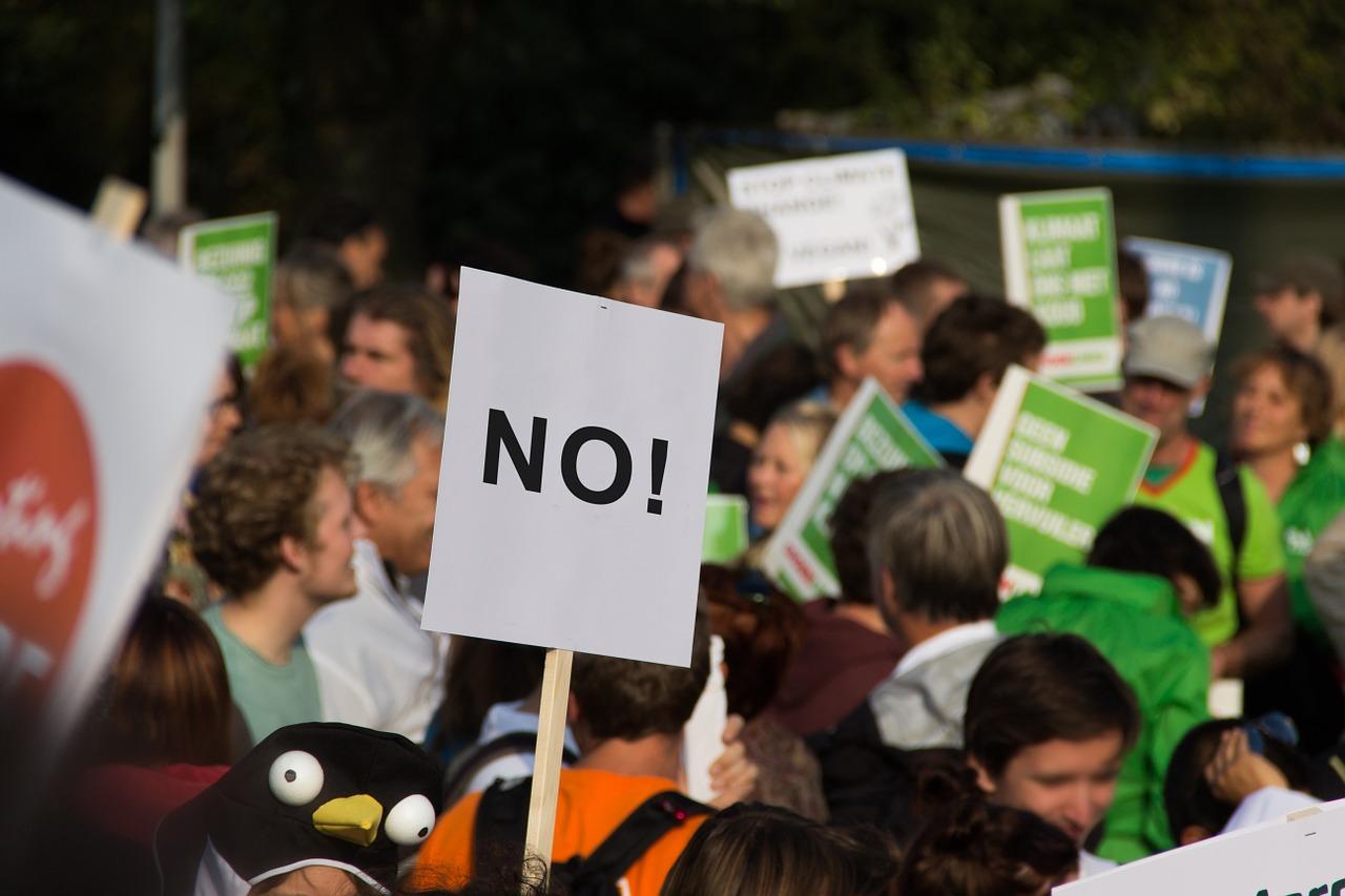 Vor CDU-Klausur: Greenpeace-Aktivisten demonstrieren mit Alarm gegen Stillstand beim Klimaschutz Union darf Fortschritte beim Klimaschutz nicht weiter blockieren