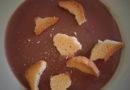 Jeder kann kochen, er braucht nur Mut: Puddingsuppe mit Zwieback und Obstkaltschale