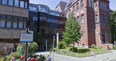 Berliner Charité: Siamesisches Zwillingspärchen kommt per Kaiserschnitt zur Welt