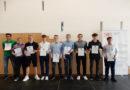 10 Schüler des Gustav-Stresemann-Gymnasium siegen bei Wettbewerb der Hessischen Landeszentrale für politische Bildung