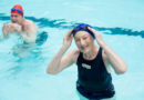 Krampf beim Schwimmen: In die Rückenlage drehen