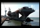 Zeitraffer: Flugzeugträger USS George Washington läuft aus Trockendock aus