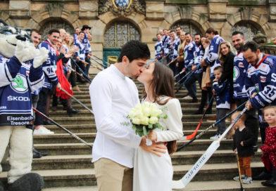 Hochzeitsglocken läuteten bei Corey Trivino