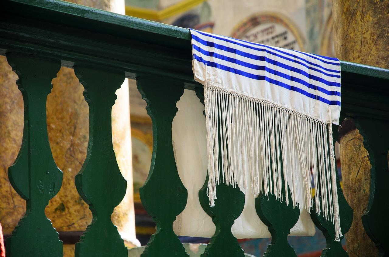 """Augenzeuge in Synagoge: """"Ich habe die Tür selbst gebaut. Der Attentäter war einfach dumm, dass er die nicht überwinden konnte"""""""