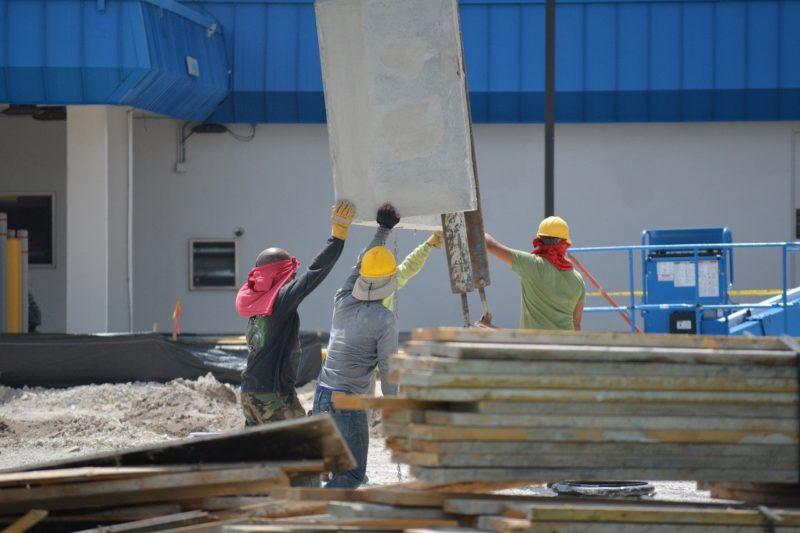 Bauwirtschaft blickt zuversichtlich auf 2020, Steuerliche Förderung der energetischen Gebäudesanierung zügig umsetzen!
