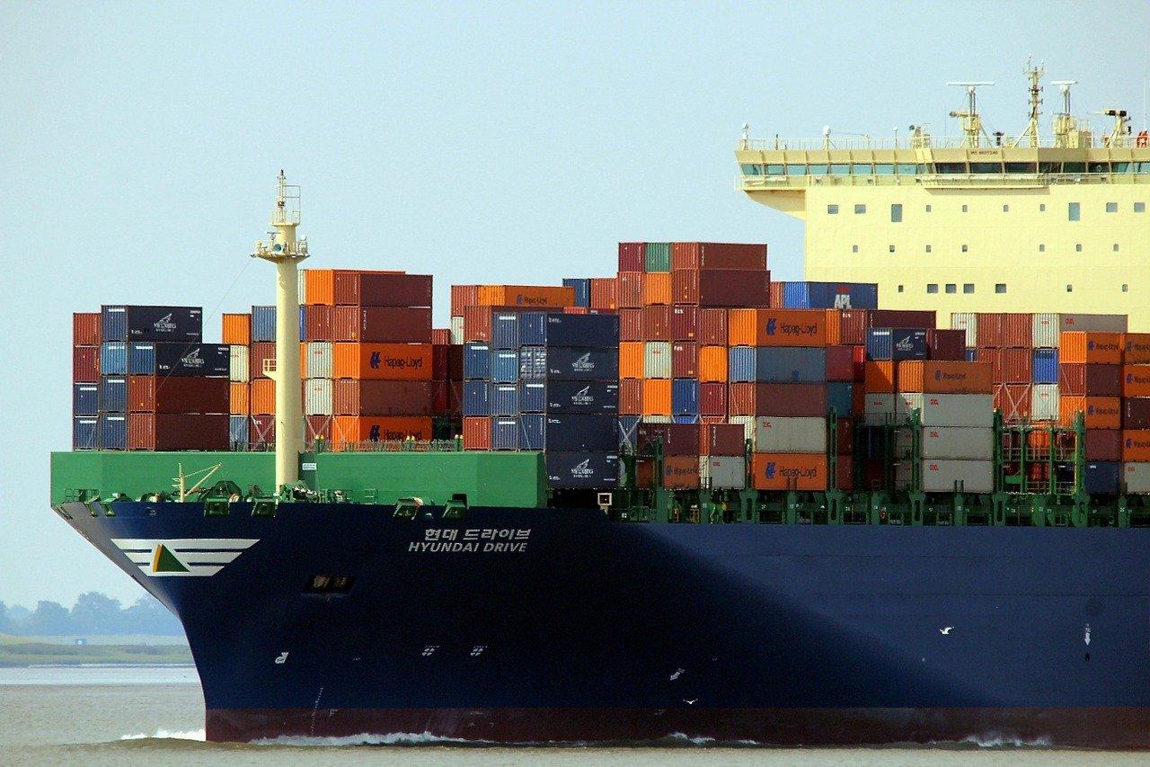NABU fordert strengere Klimaschutzvorgaben für Schifffahrt