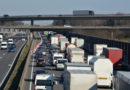 Termine platzen, Transportkosten steigen: Staus und Geisterbaustellen legen Transportbranche lahm