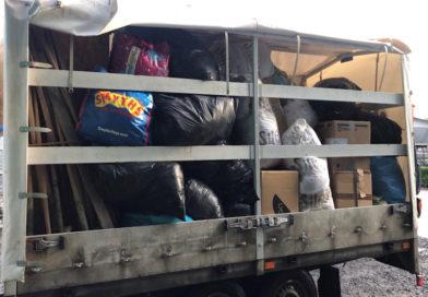 Drei junge Fuldaer sammeln in wenigen Tagen Spenden und bringen sie auf den Weg.